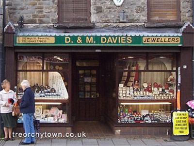D M Davies Jewellers